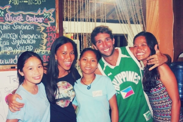Elaine and me with the wonderful people of Kermit Siargao